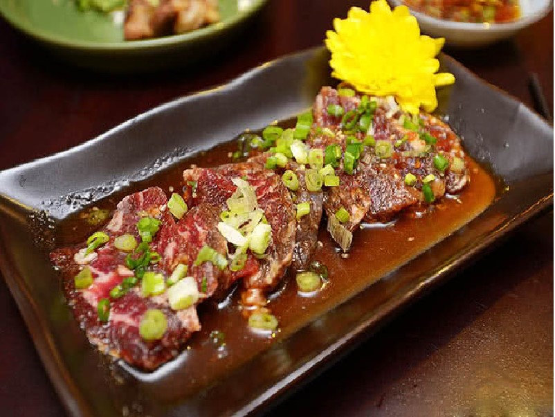 Top 15 Nhà hàng quận 1, 3 ngon ở Sài Gòn TPHCM menu đa dạng nổi tiếng